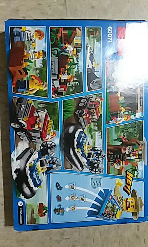 Lego City swamp police (Games & Toys) in Los Angeles, CA