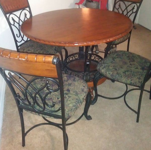 Brown Dining Room Table 4 Chairs