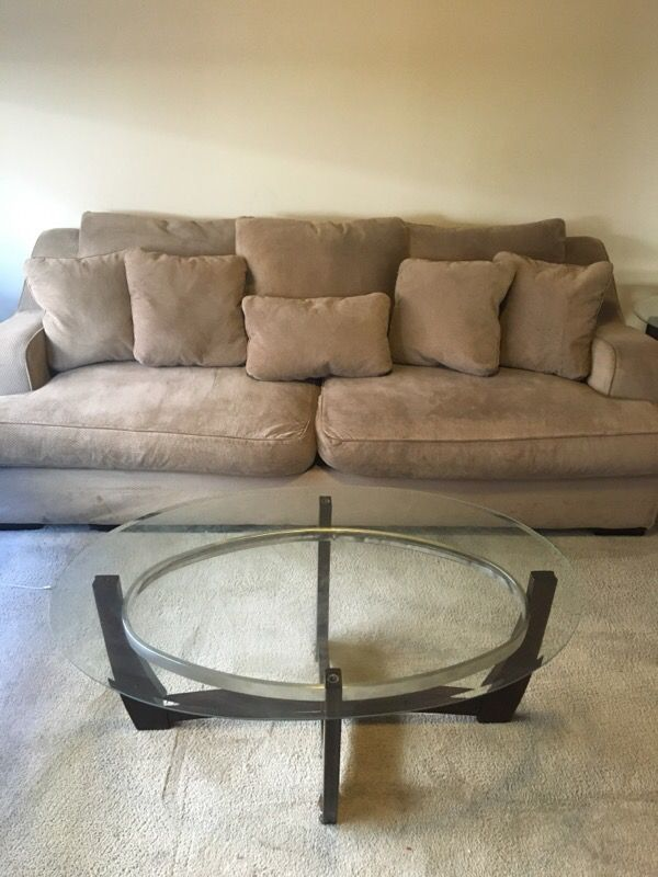 extra large sofa furniture in auburn wa offerup. Black Bedroom Furniture Sets. Home Design Ideas