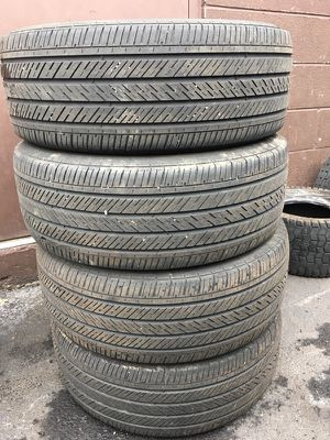 I have 4 pair off good Used Tire MIchelin 215/50/R17 Total $100