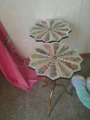 Mirror top tables three-legged, used for sale  Broken Arrow, OK