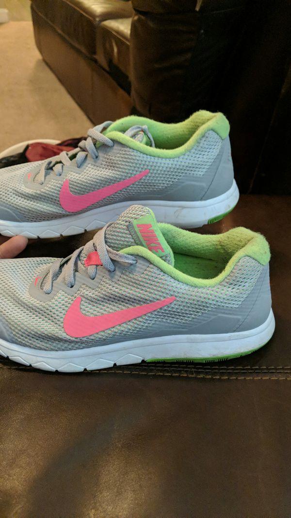 1 pair Nike Air, 1pair Nike running shoes, and 1 pair under armour running  shoes (Clothing & Shoes) in Houston, TX