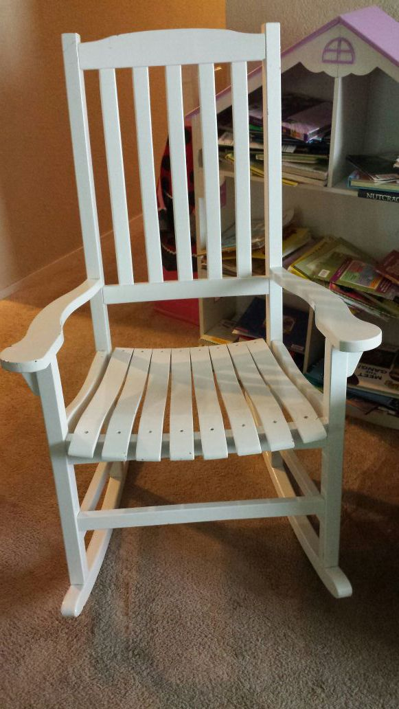 Nice large rocking chair furniture in federal way wa for Furniture in federal way
