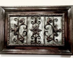 RUSTIC ANTIQUE WALL DÉCOR - Metal and Wood - Excellent Condition