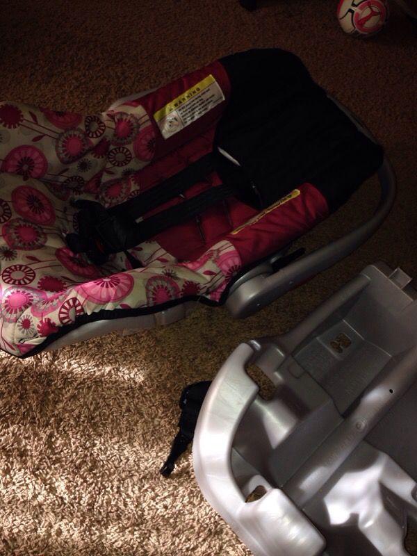 car seat baby kids in edmonds wa offerup. Black Bedroom Furniture Sets. Home Design Ideas