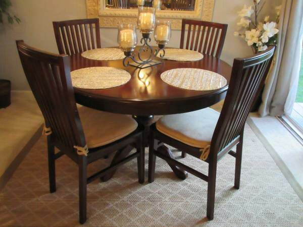 Almost New Dining Room Set Pier 1 Ronan Extension Table 4 Chairs Paid 1125 Only Months Ago