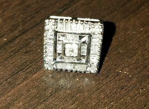 10k diamond earing