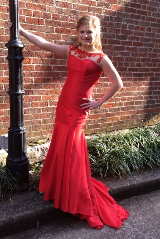 Red Prom Dress (Clothing & Shoes) in Bowling Green, KY