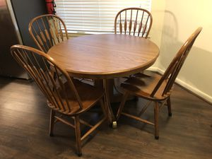 Kitchen Eat In Dining Table And 4 Chairs