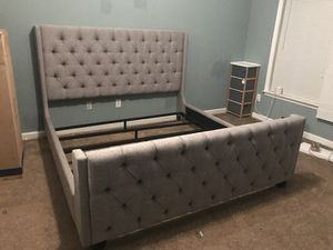 Get this King or Queen Upholstered Bed with pillow top mattress included !!! Free delivery