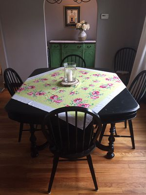 Vintage Antique Distressed Wood Dinning Table