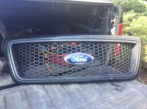 Upper hood grill for 2006 ford f150 xlt