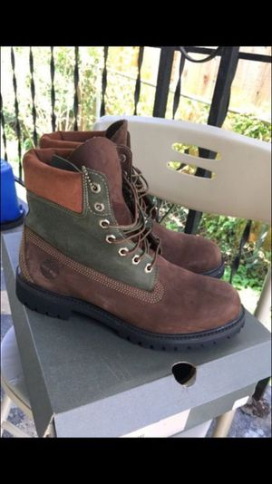 Men's Timberland Boots - Size 9.5