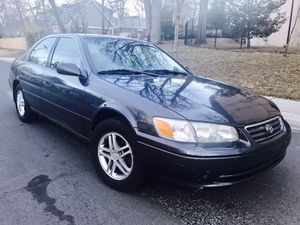 Drives LIKE NEW - 2000 TOYOTA CAMRY LE •• Clean title Keyless entry