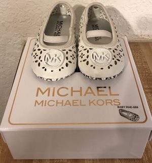 Mk authentic Baby girl size 3