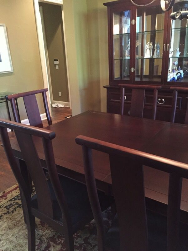 Shermag Dining Room Set W 8 Chairs Hutch Buffet