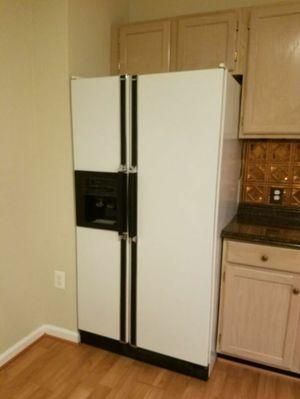 Great side by side Kenmore fridge