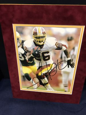 Autographed Clinton Portia, RB Washington Redskins 8x10 Photo Double Matted in the Burgundy Suede n Gold 11x14 Matte, suitable for framing!
