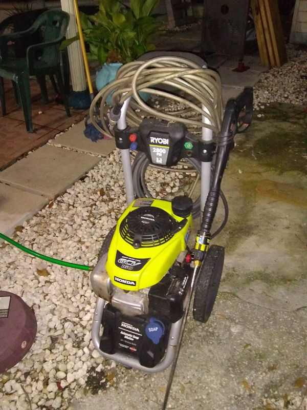 Ryobi 2800 PSI 23 gallon per minute pressure cleaner Honda engine