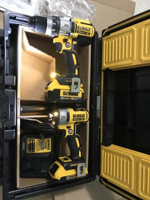 Set drills dewalt XR 20v sincarbones nuevos