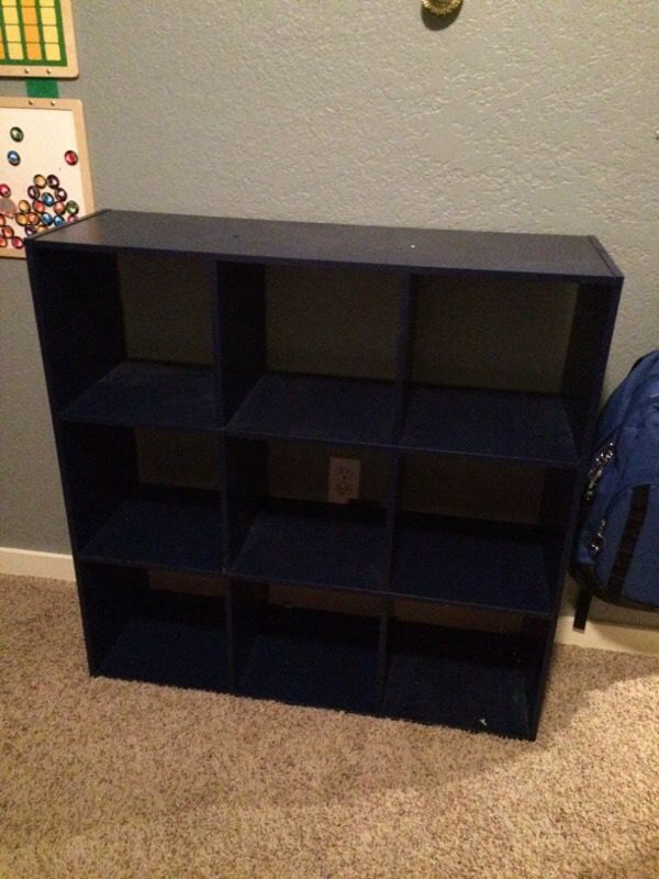Navy blue cube shelf furniture in edmonds wa offerup for Furniture edmonds wa
