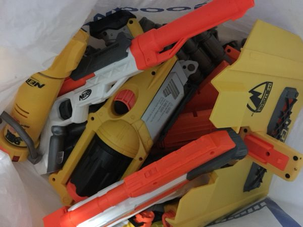 Lot of nerf guns and parts