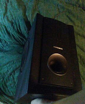 Samsung subwoofer speaker