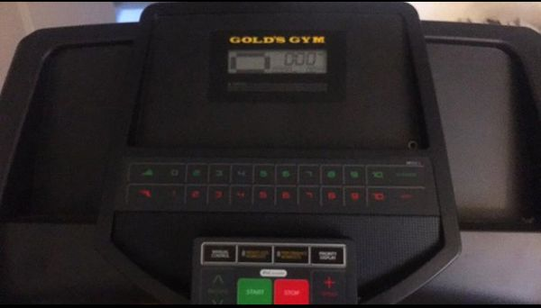 Golds Gym 420 treadmill Sports Outdoors in Scotch Plains NJ