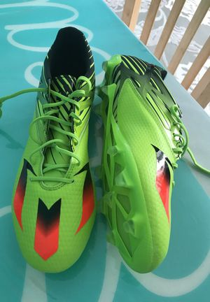 New soccer shoes adidas Messi size 10