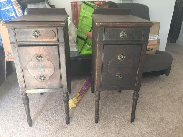 Vintage side tables furniture in lynnwood wa offerup for Furniture lynnwood washington