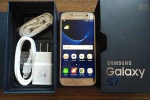 Galaxy S7 {32GB} UNLOCKED {like NEW}