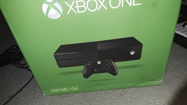 Xbox one mint condition played twice with remotes wires HDMI cord ...
