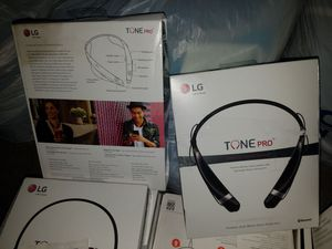 Brand new authentic headset with bluetuth lg tone, LG force and jbl 35 each...