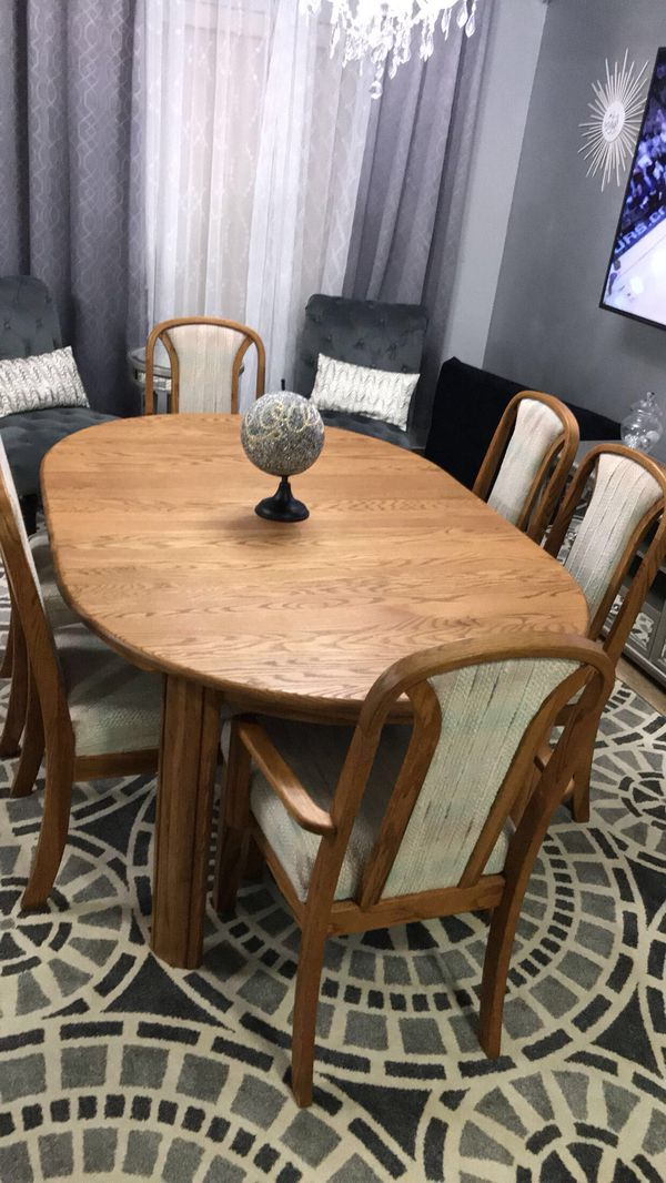 Dining Room Table With Chairs Furniture In Kent WA