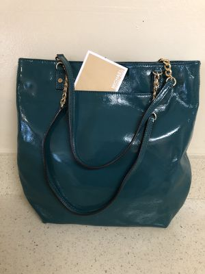 Michael Kors Leather Green (Authentic)