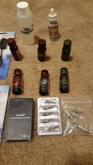 A lot of e juice and 4 pen with Accessory all for $100 , check out my other items on this app text me for more information gaithersburg Maryland 20877