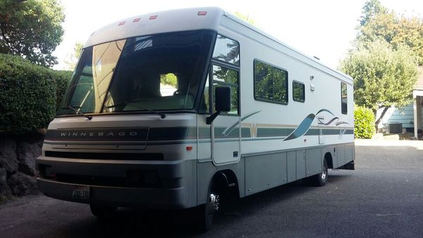 32 Ft Class A 1996 Winnebago Adventurer With Only 26k