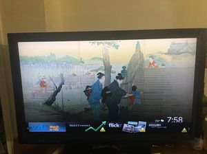 Like New 32 Inch Visio Smart Tv with Google Chrome and Box