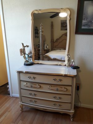 dresser with mirror. in perfect condition. 150. firm price