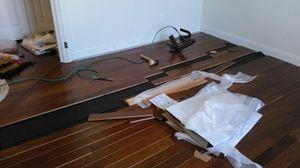 Paint .hardwoods floors Laminate floring