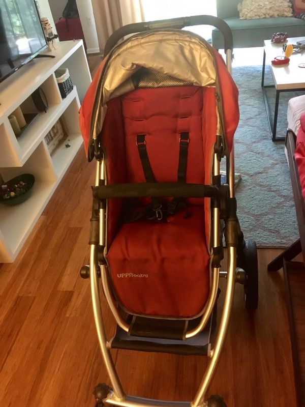 Uppababy Vista Stroller With Bassinet And Stand