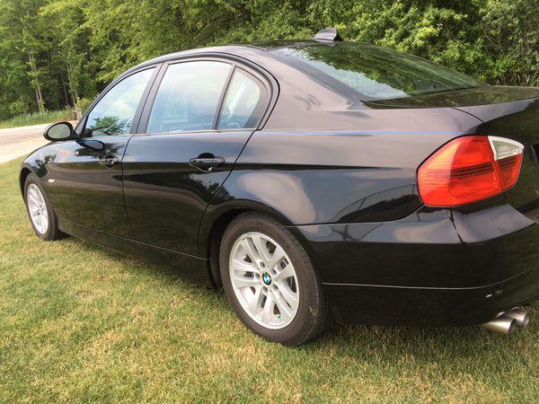 BMW Xi Sedan BLKBLK AWD Owner Garaged No Winters - Bmw 328xi sedan