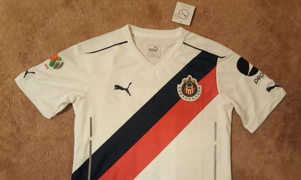 5d9fd8b57 Puma Chivas White soccer jersey Playera (Sports   Outdoors) in Compton