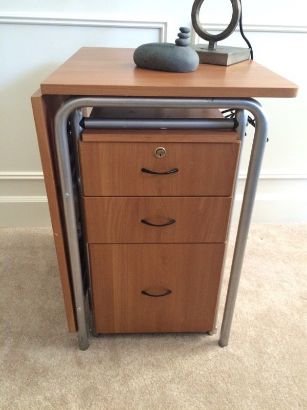 Foldable desk with 3 drawers furniture in bellevue wa for Furniture in bellevue