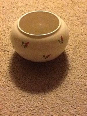 Small cream color with flowers bowl/vase