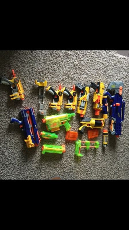 7 Nerf Guns Lot Strongarm N Strike Pistol Dart Tag Maverick Rev 6 Blaster  Pistol #