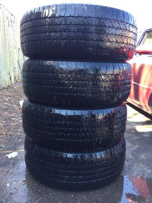Have 4 pair vary chap Used Tire 275/60/R20 114h