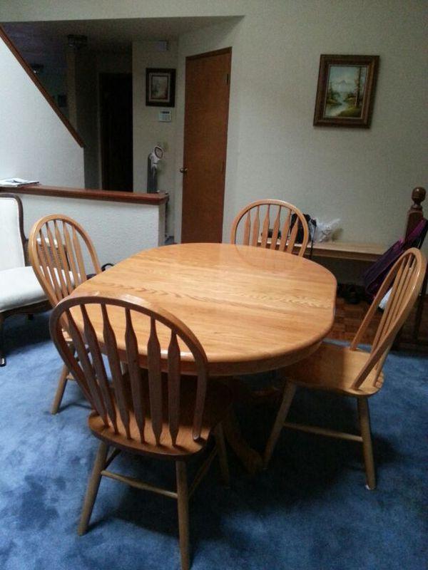 shin lee oak dinning room table ( furniture ) in port orchard, wa