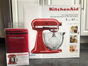 KitchenAid 5qt tilt head stand mixer with matching cover