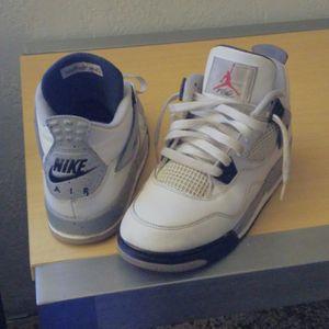 Jordan 4s size 7